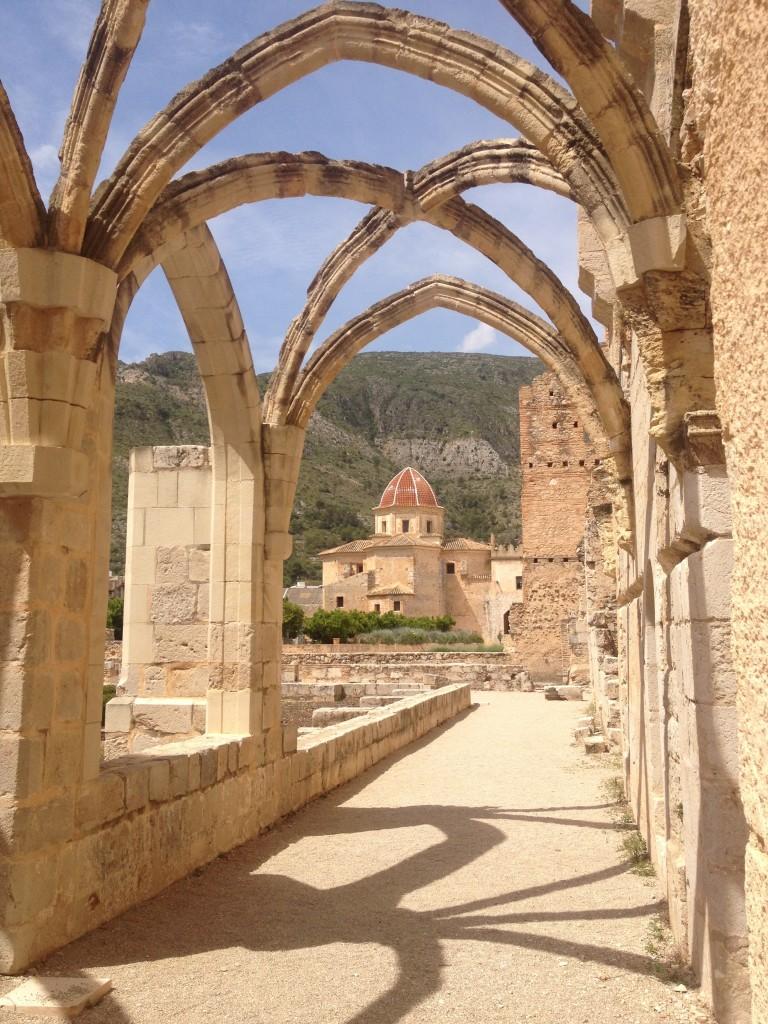 Arches at Convento de Santa Maria de Valldigna